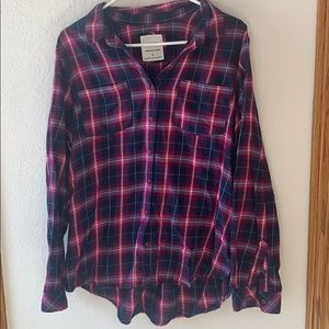 5/$25 Women's plaid shirt